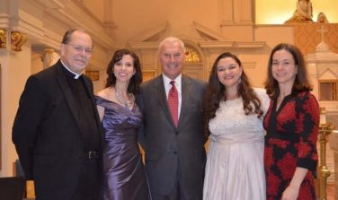 Fr. Klein of the Cathedral of St. Peter, WCO's Marisa Robinson, Wilmington Mayor Mike Purzycki, WCO's Kirsten C. Kunkle, and Quaker Hill Historic Preservation Foundation's Ashley Cloud at a performance of Der Freischutz.